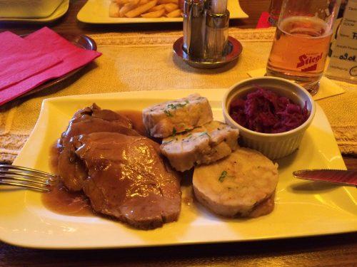 Deftiges und leckeres Essen im Hotel Lindwurm